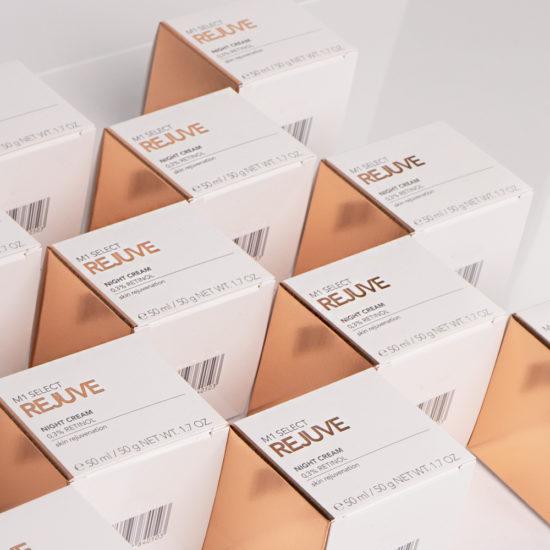 M1 SELECT REJUVE NIGHT CREAM 0.3% Retinol - Nahaufnahme